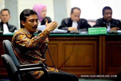 5 Pejabat Negara Yang Tersandung Kasus Korupsi