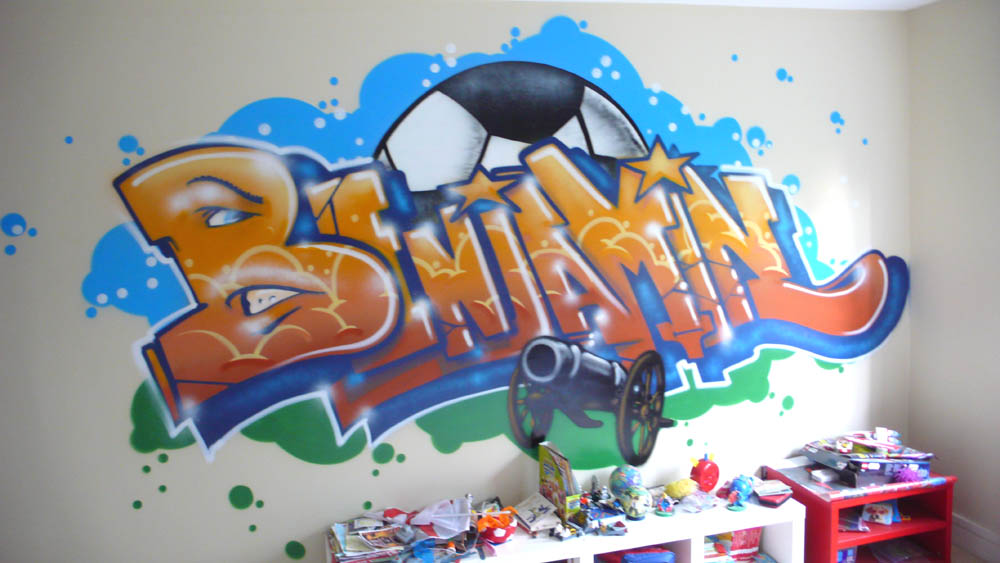 Graffiti Bedroom Wallpaper