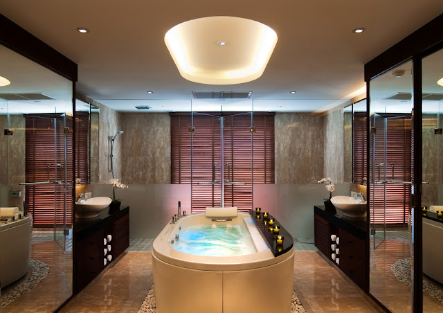 Picture of the modern luxury bathroom with the jacuzzi
