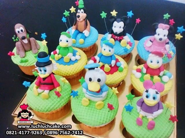 Cupcake Disney Mickey Mouse dan Donald Bebek
