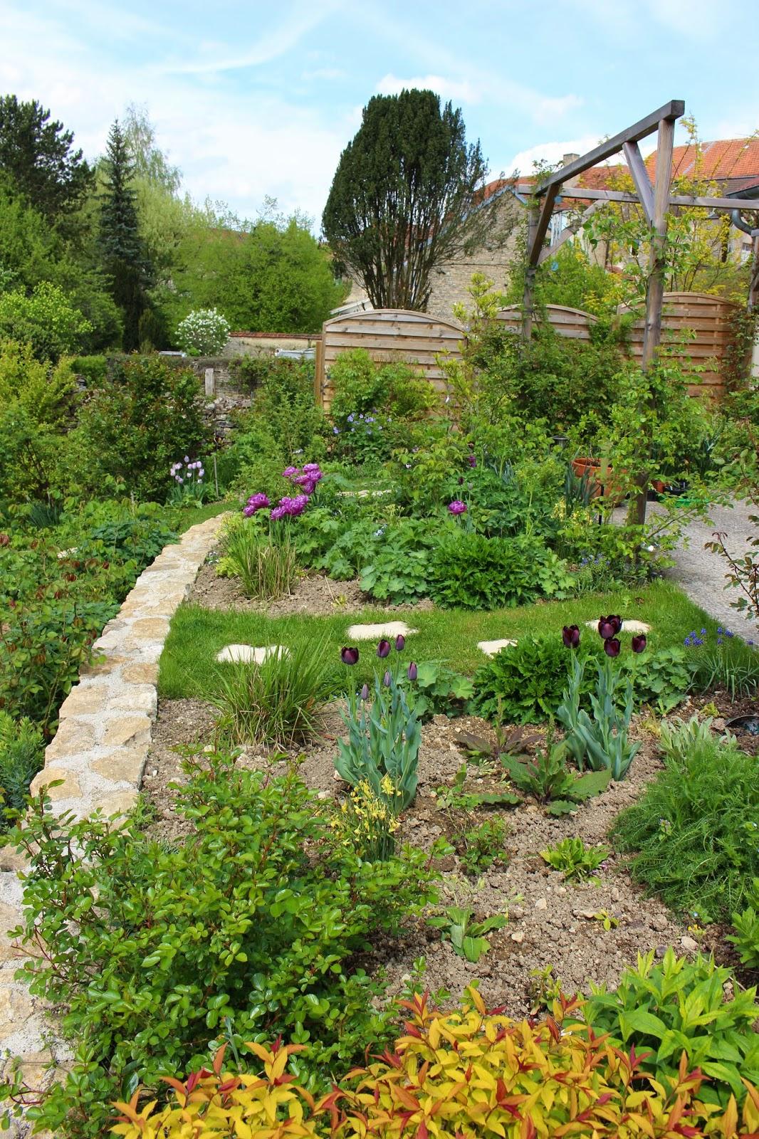 Notre jardin secret avril 2015 for Jardin secret 78