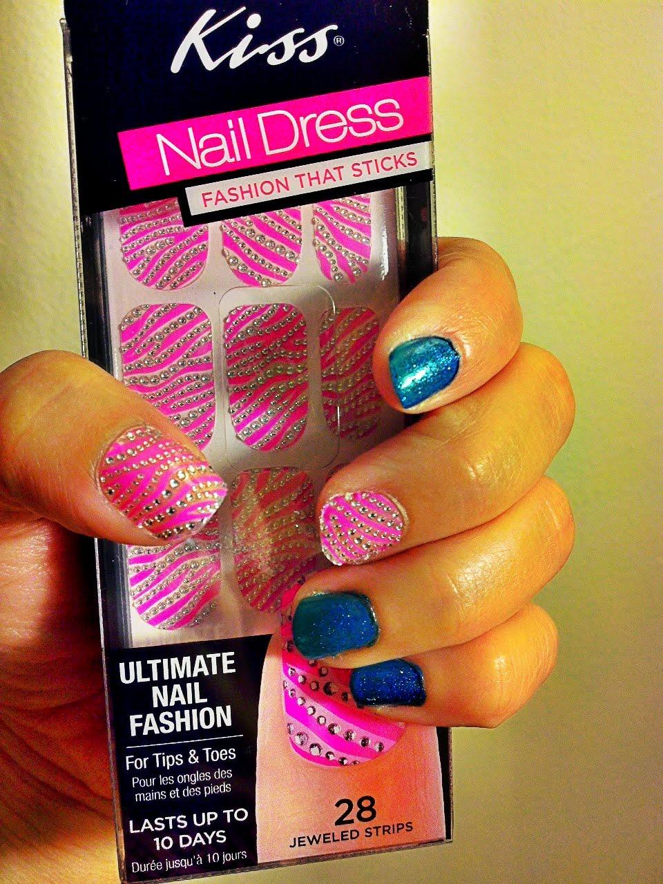Daily Dose of Fashion and Beauty: Kiss Nail Dress