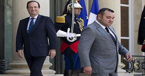 كيف تصرف ملك المغرب عندما رفض هولاند إستقباله بنفسه  أمام قصر الإيليزيه بباريس