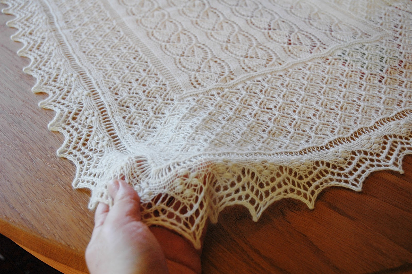 Things I love to make: The Day flower shawl