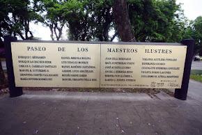 Embellecen Avenida Xalapa, monumentos de veracruzanos ilustres