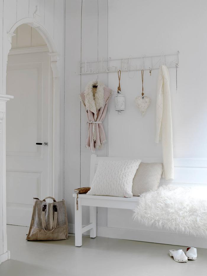 En mi espacio vital muebles recuperados y decoraci n - Decorar recibidor moderno ...