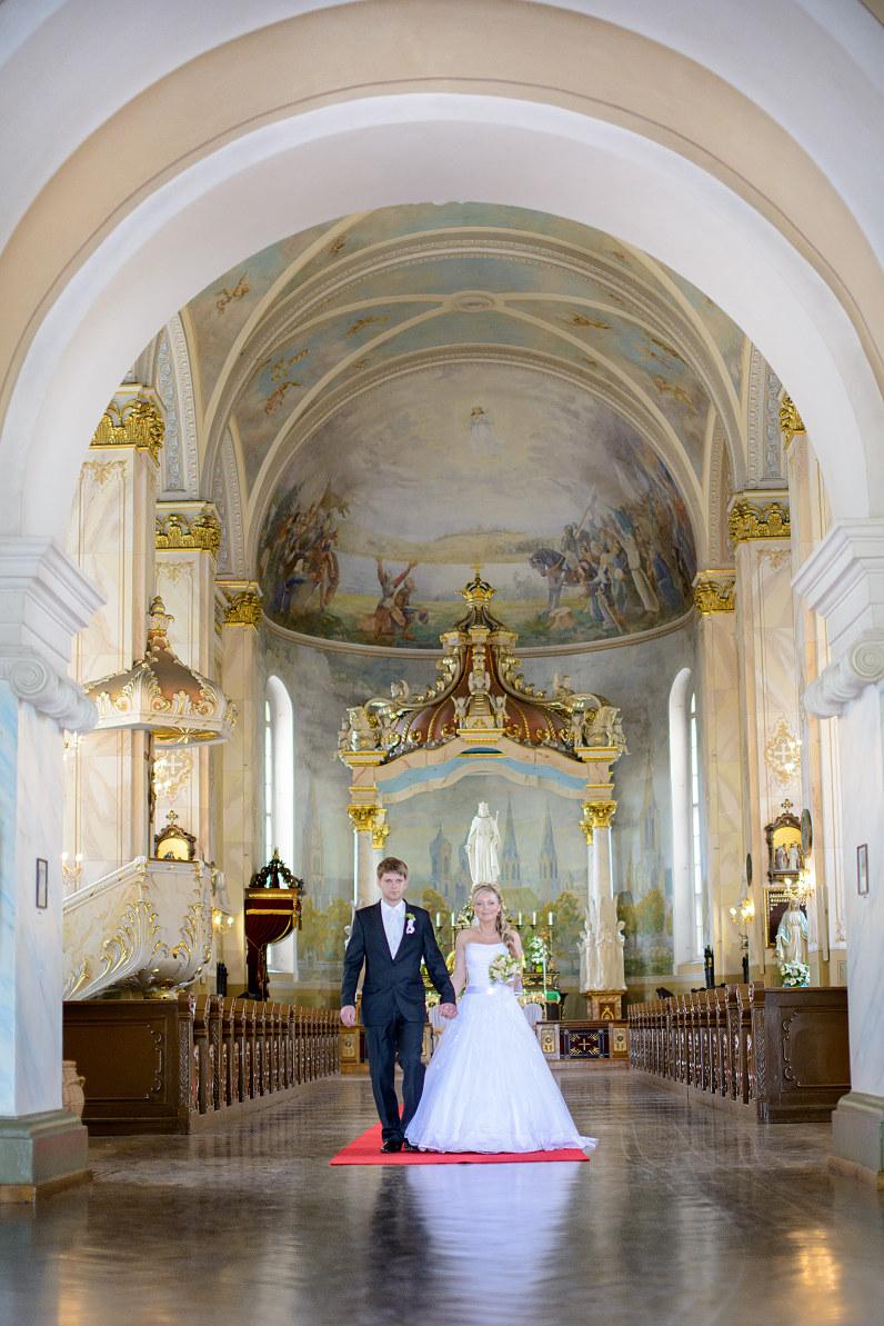 vestuvės Kristaus Karaliaus katedroje Panevėžyje
