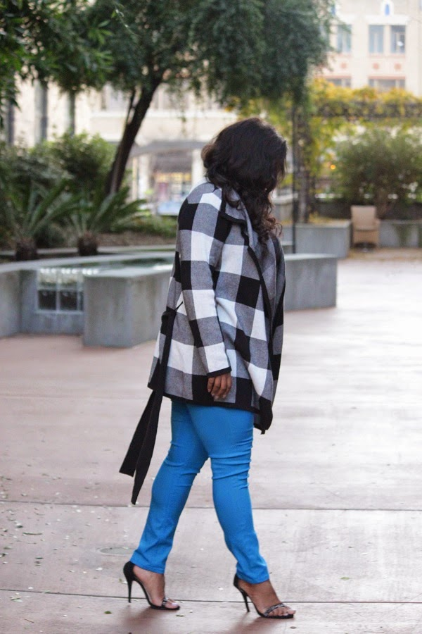 Large Gingham Plaid Open Front Cardigan Sweater Blue Skinny Jeans Jeggings Mahogany Closet Melissa Geddis