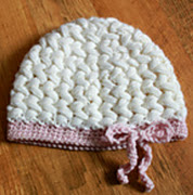 http://www.ravelry.com/patterns/library/samantha-hat