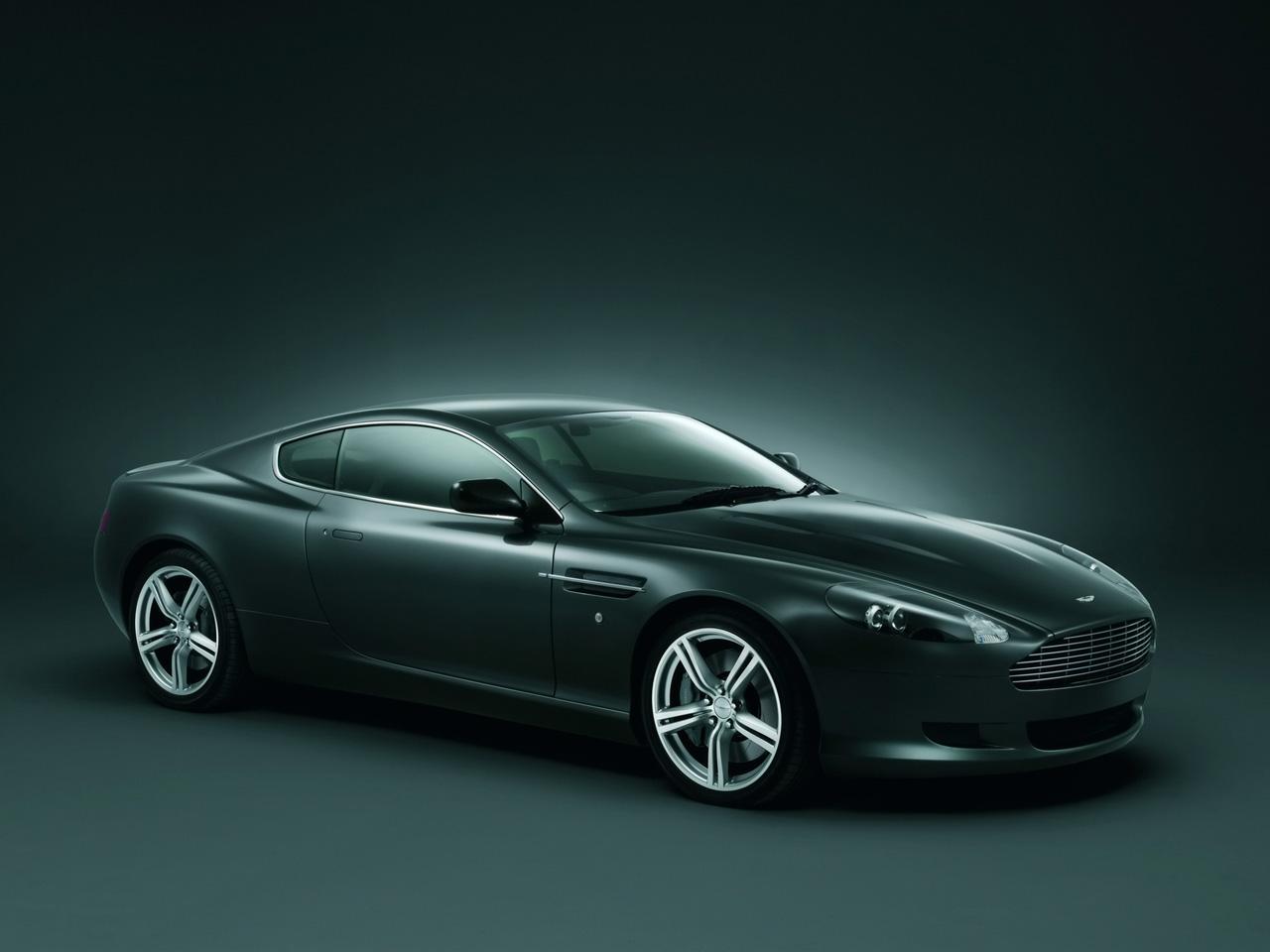 http://2.bp.blogspot.com/-X07FArwsQng/TdKbYkyrx4I/AAAAAAAACmo/hpdYb2dC_5o/s1600/Aston-Martin-DB-9-sideview.jpg