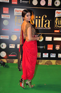 Actress Shriya Saran Latest Pictures in Red Saree at IIFA Utsavam Awards 2016  252813)