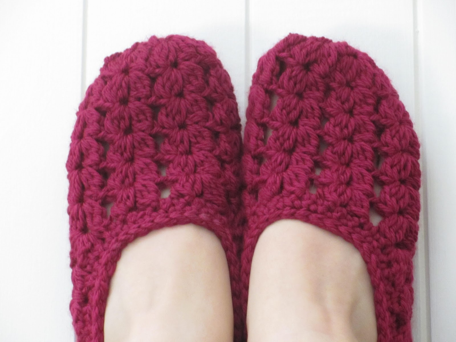 Free Crochet Pattern Easy Slippers : Jays Boutique Blog: FREE PATTERN: Seaspray Slippers (plus ...