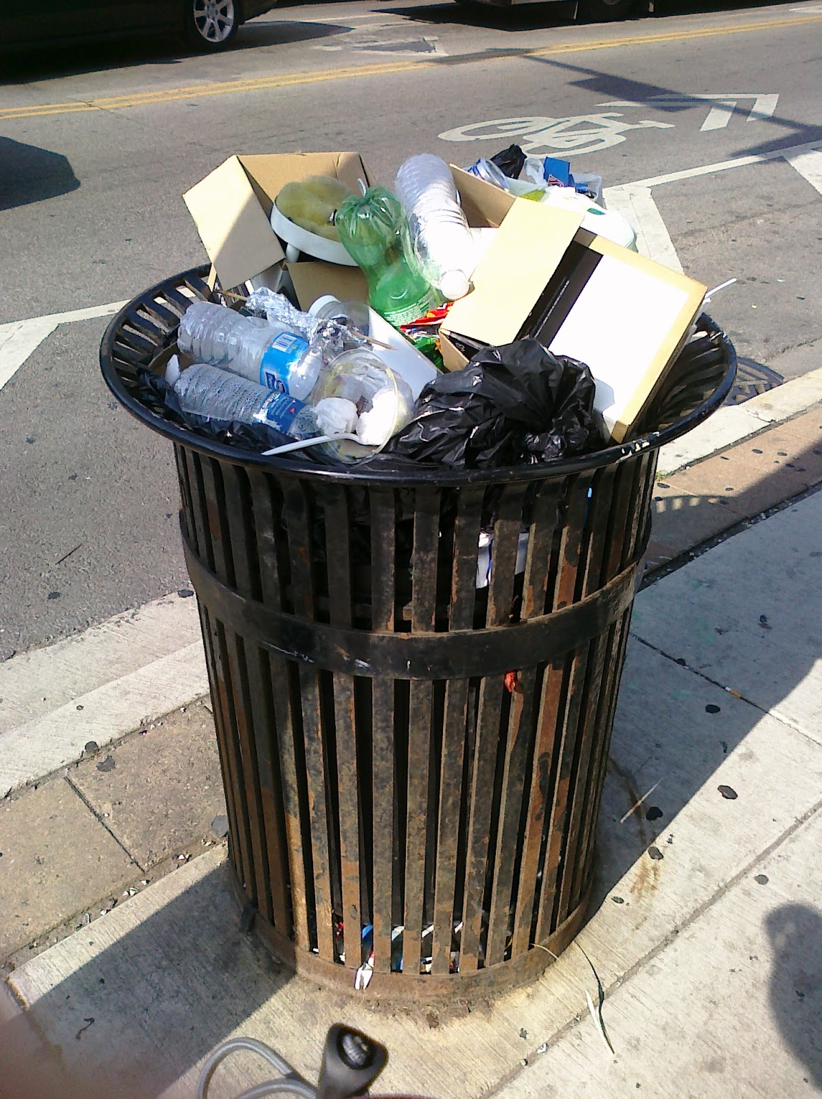 trash+can+2.jpg
