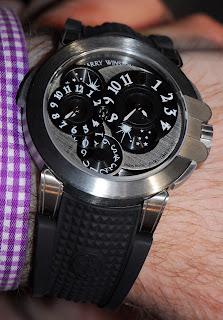 Montre Harry Winston Ocean Dual Time Monochrome en Zalium référence OCEATZ44ZZ008