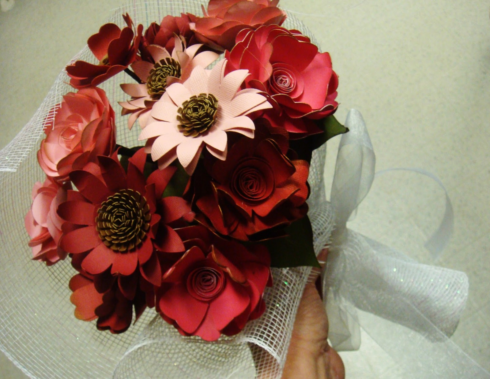 A Quick Look At My Paper Flower Wedding Favors And Escort Flowers
