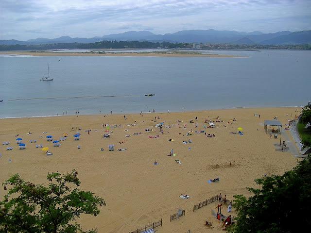 Playa de los Peligros desde Reina Victoria
