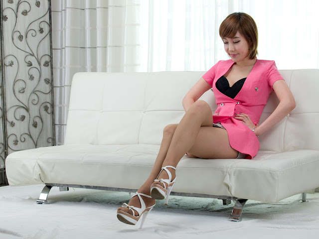 1 Im Min Young in Pink-very cute asian girl-girlcute4u.blogspot.com