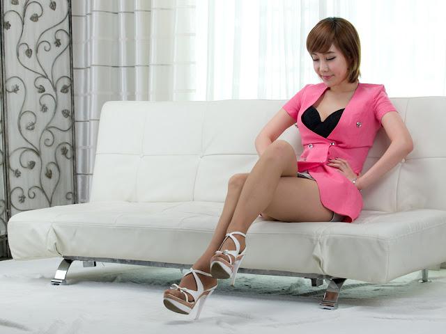 1 Im Min Young in Pink-very cute asian girl-girlcute4u.blogspot.com
