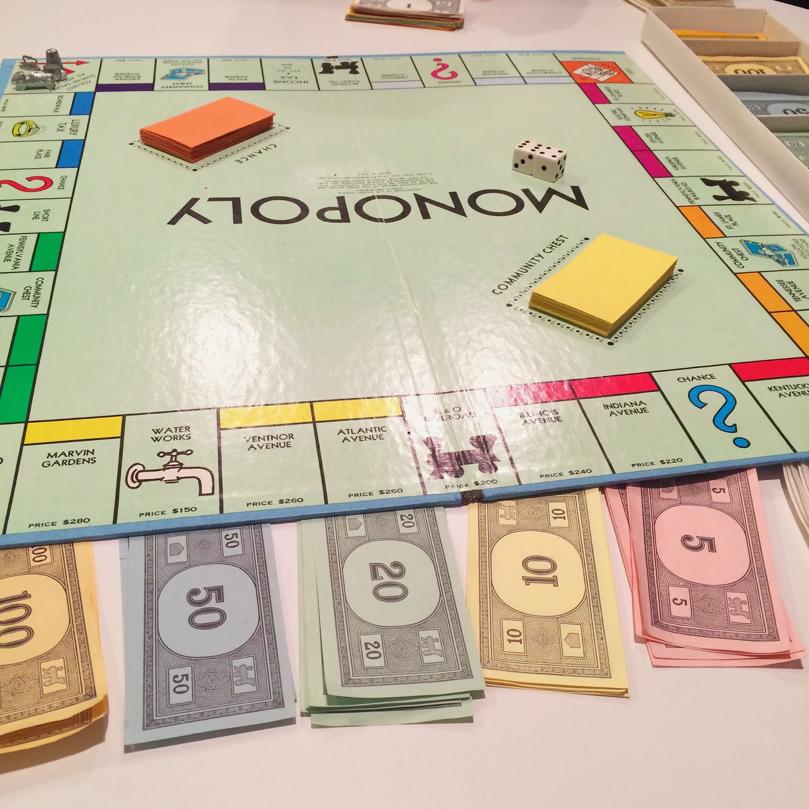 How Much Money Do You Start With In Electronic Monopoly