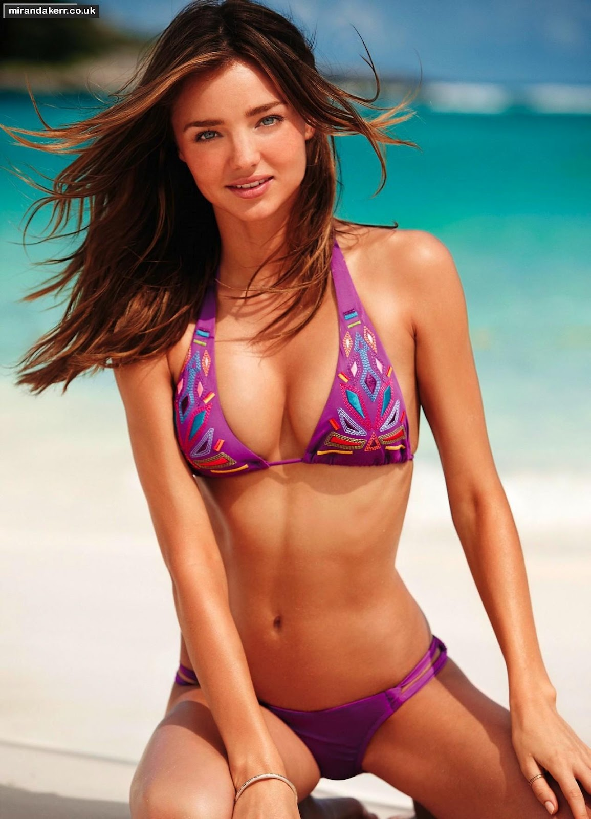 http://2.bp.blogspot.com/-X1Q71sf2Rk8/UBxKY-wts_I/AAAAAAAAINc/wSFDmyK4RuA/s1600/Miranda+Kerr+Bikini+%25284%2529.jpg