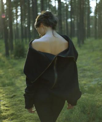 Original design dress - back - zipper - sweater - dress - lithuania - romantic