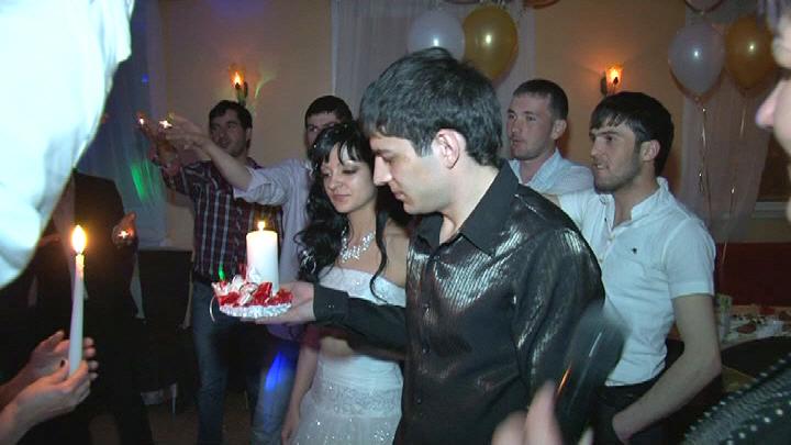 свадебная видеосъемка конца свадебного мероприятия