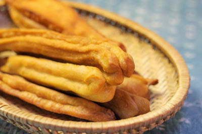 (Quẩy) - Chinese Sticks