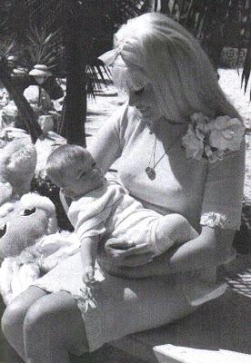 Death photos of celebrities 2013 jayne mansfield death for How old was jayne mansfield when she died