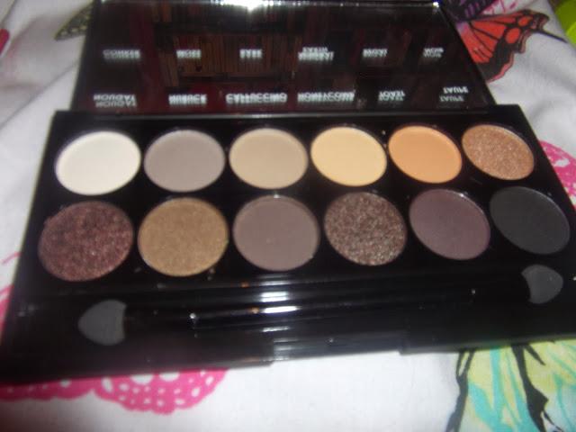 http://www.superdrug.com/sleek-makeup/sleek-i-divine-eye-shadow-au-naturel/invt/228225
