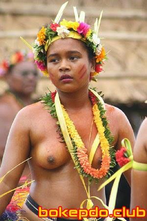 Body Semok Wanita Papua