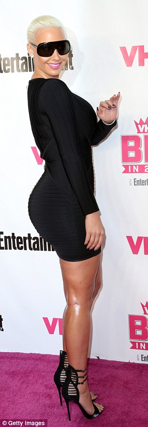 Amber Rose and Her Famed Physique Make Sure a Standard LBD at the VH1 Big in 2015 2