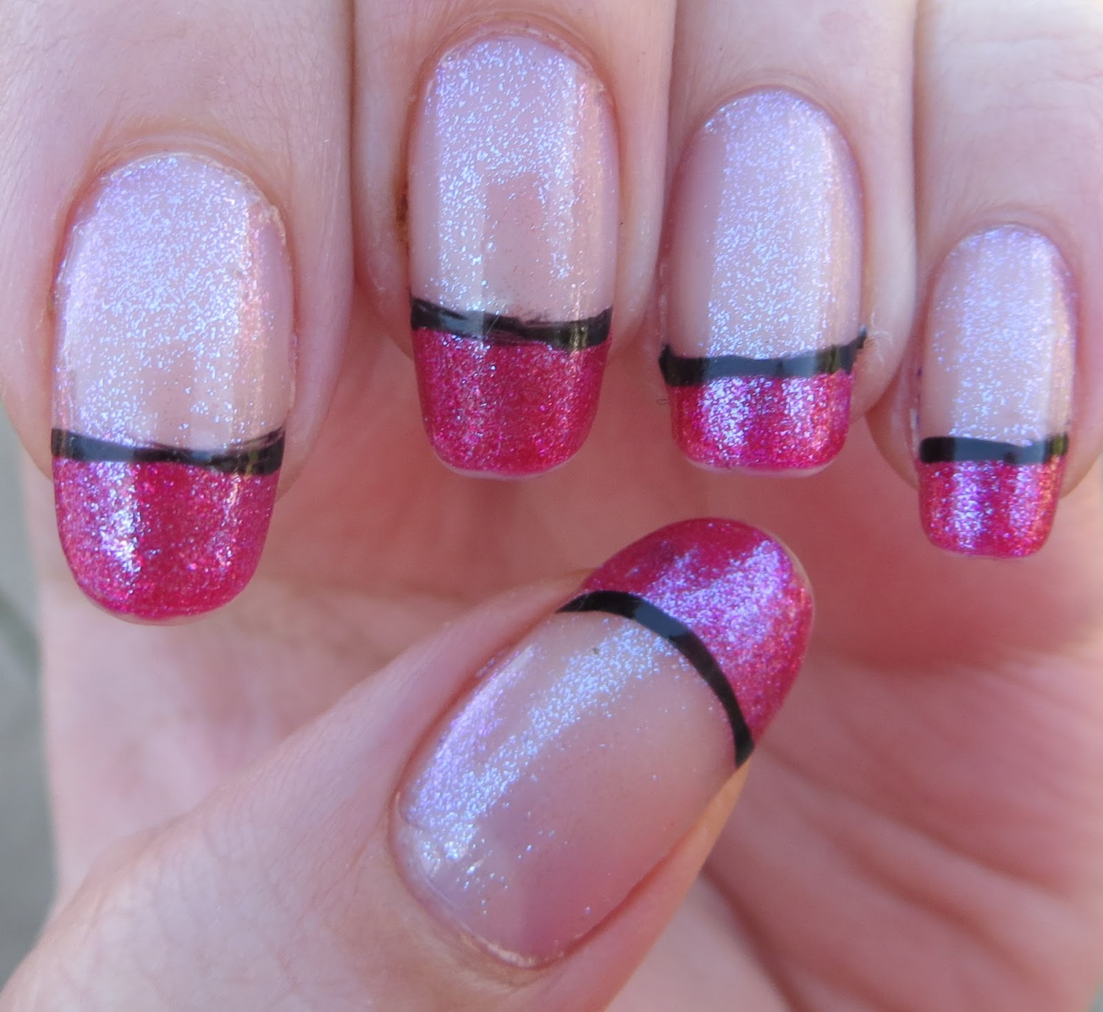 Pink/Black french tip