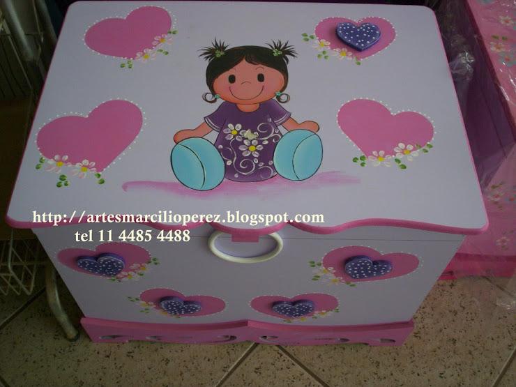 Bau menina lindinha R$ 160,00