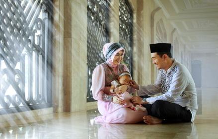 8 Berkah Ini Akan Kamu Dapatkan Jika Berani Menikahi Perempuan Yang Lebih Tua