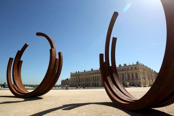 Histoire de l'art: Bernar Venet à Versailles, une exposition pas ...