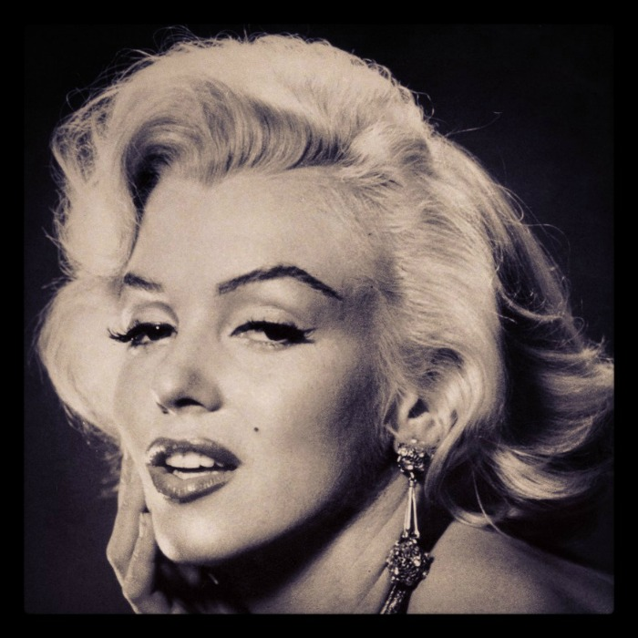 Marilyn Monroe quote deserve me at my best