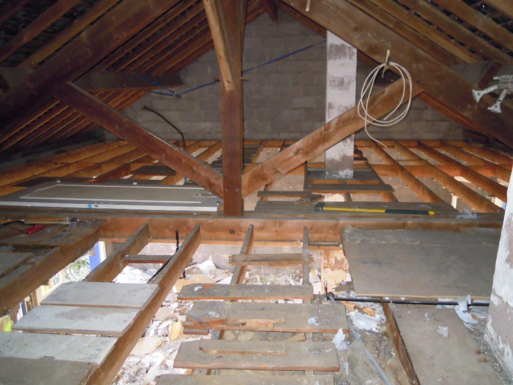 D molition du plafond antoine emilie st nazaire - Plafond du livret a la poste ...
