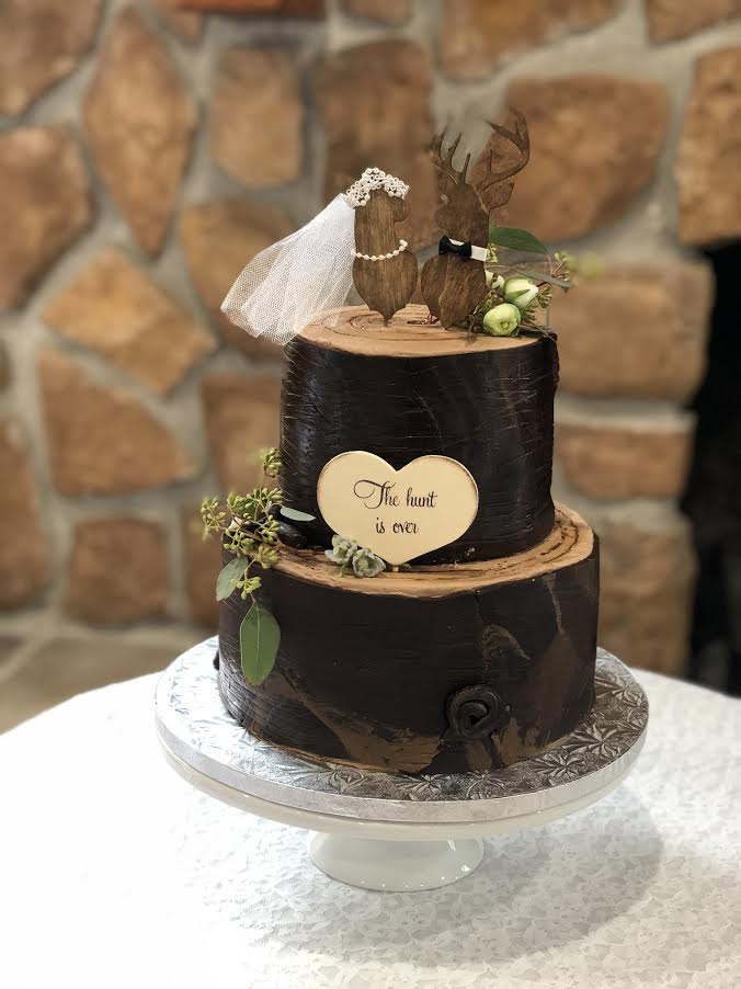 2-tier fondant Groom's Cake