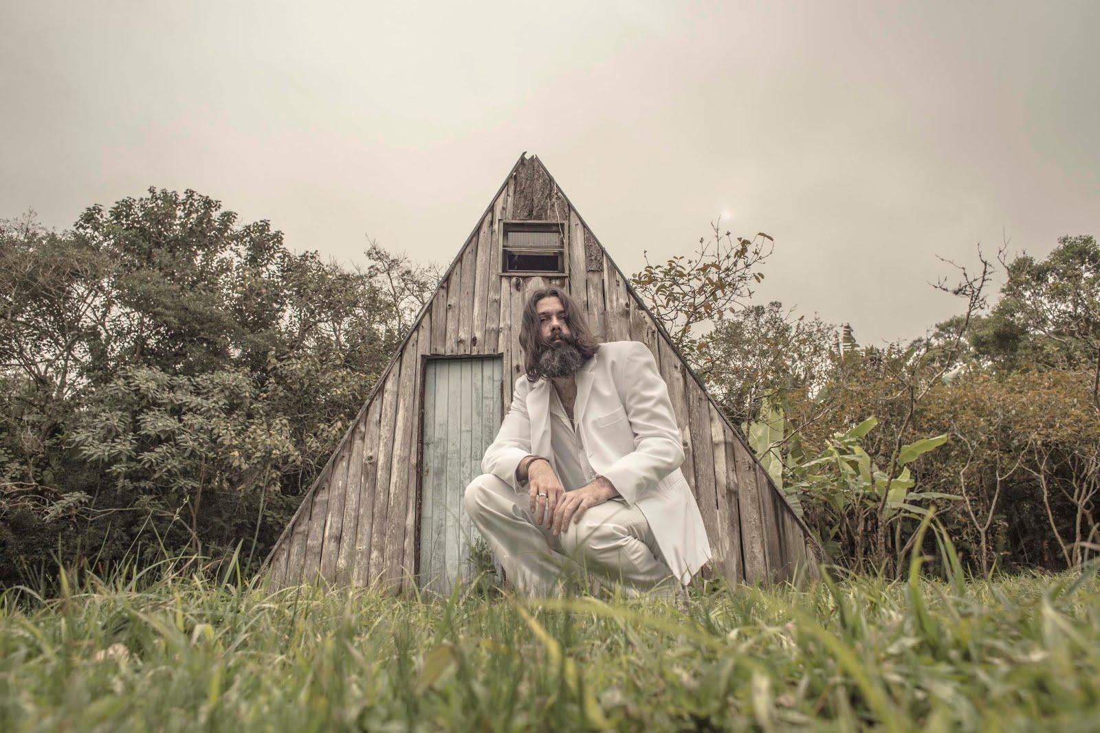 DANIEL GROOVE LANÇA NOVO CD