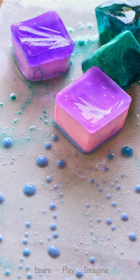 Painting with ice chalk and oil - a simple activity that combines art and science