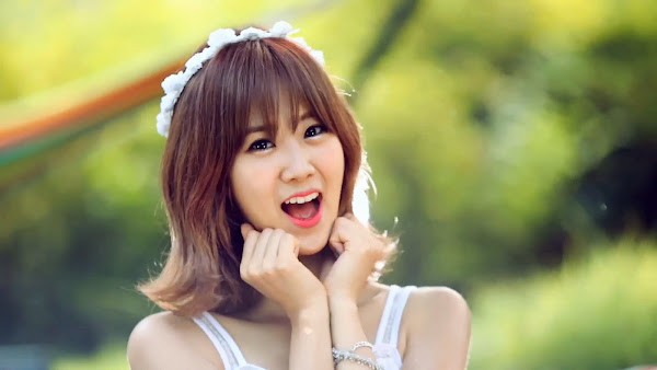 BESTie Hyeyeon Hot Baby