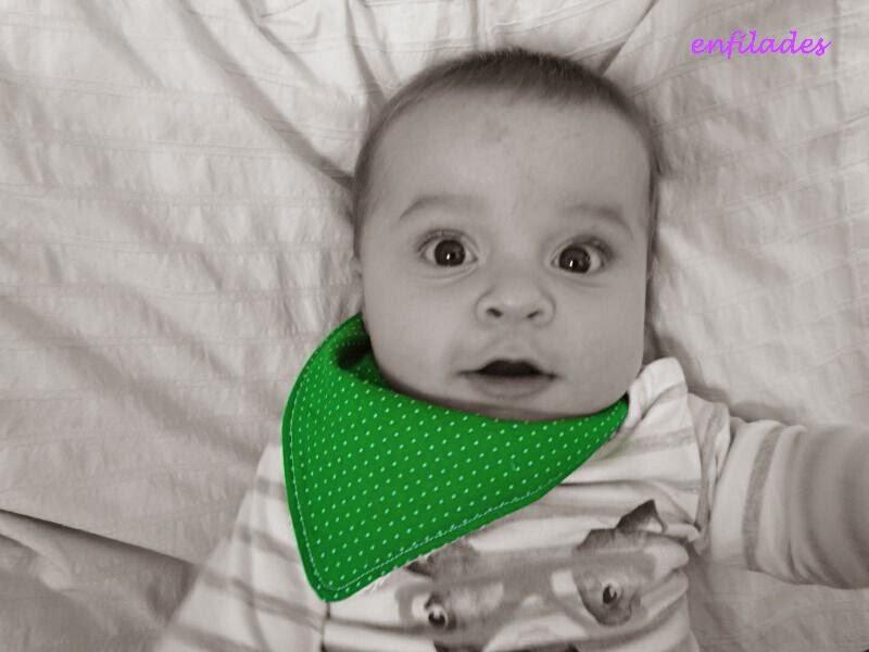 bandana verd - eixuga babes fet a mà enfilades.cat