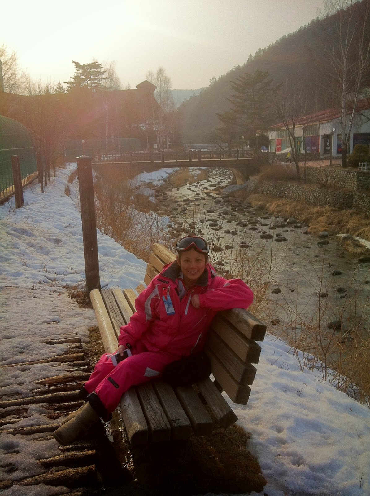 Snowboarding in Yongpyong, South Korea 2013 (kennethstephanie.com)