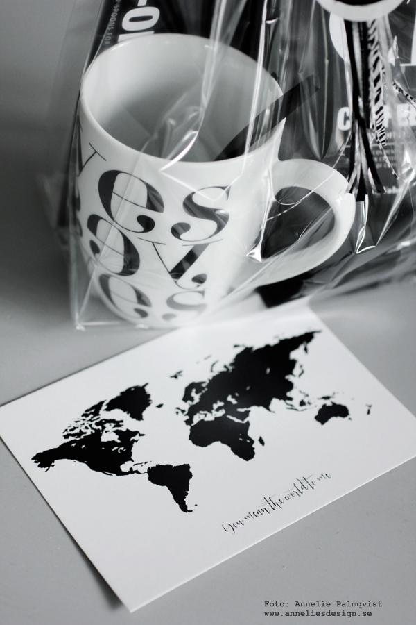 födelsedagspresent, presenttips, present, presenter, svart och vitt, svartvit, kaffeförpackning, urban coffe, nicolas vahé, yes mugg, grafiskt, grafisk, världskart som vykort, vykort med text, clips sked, gå bort present, gå bort presenter, presenttips, tips