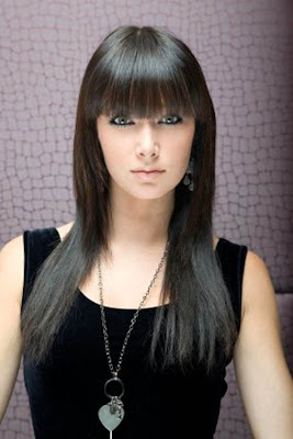 Black Color Straight Sedu Hairstyle