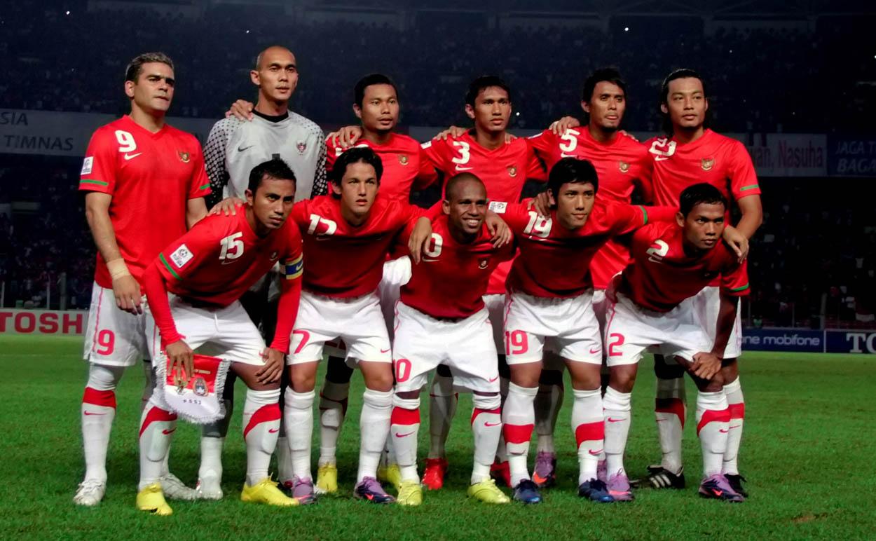 http://2.bp.blogspot.com/-X4TOTSKcdw8/TtiBgKGzhkI/AAAAAAAADnY/u2evggpk8Qw/s1600/Timnas-Indonesiaqq.jpg