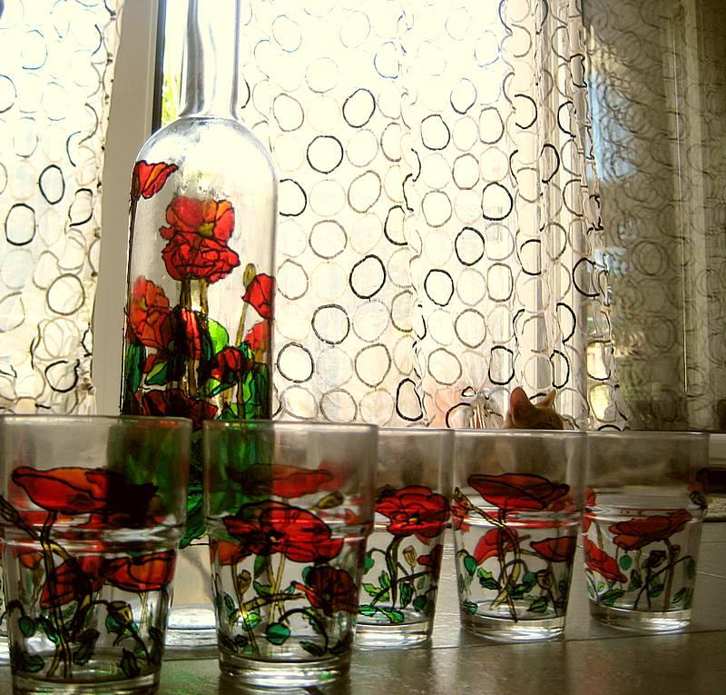 Painting Glass Jars For Christmas
