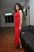 ritu sachdev sizzling in red-thumbnail-8