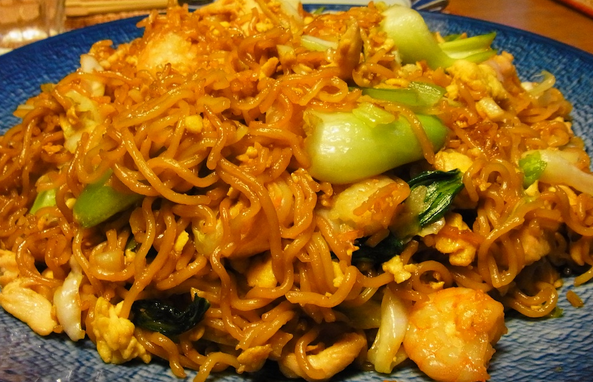 Resep Cara Membuat Mie Goreng Chinese Halal dan Lezat