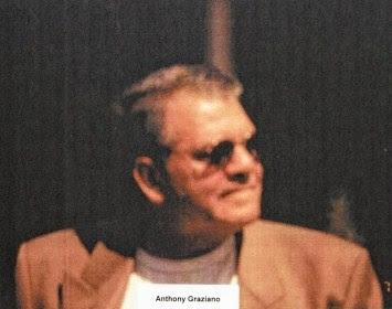 http://2.bp.blogspot.com/-X5dHJXhjW2o/TtELP3pN9RI/AAAAAAAAAlM/1M4GcKG1An0/s400/anthony.jpg